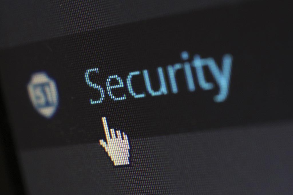 Ciberdelitos o delitos informáticos